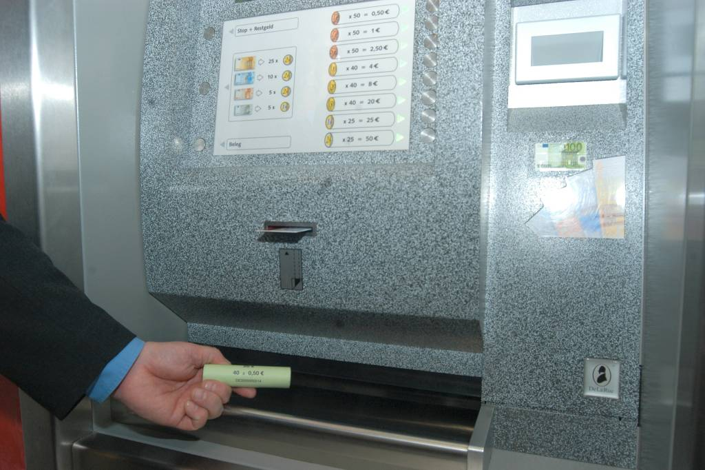 Bargeld Nur Noch Am Automat Gebühr Für Münzrollen Wpde Kreis Olpe