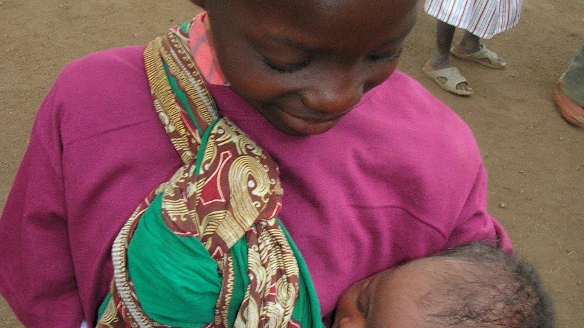 8000 Euro für hungernde Kinder in Mosambik
