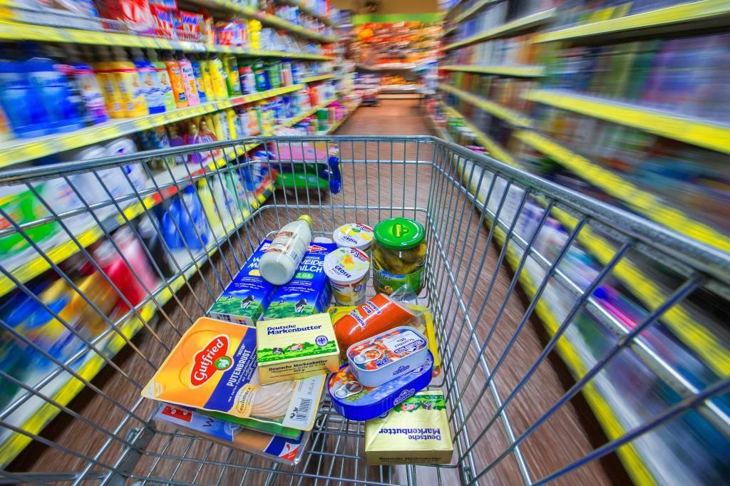 So öffnen die Warsteiner Supermärkte an Heiligabend | wp.de ...