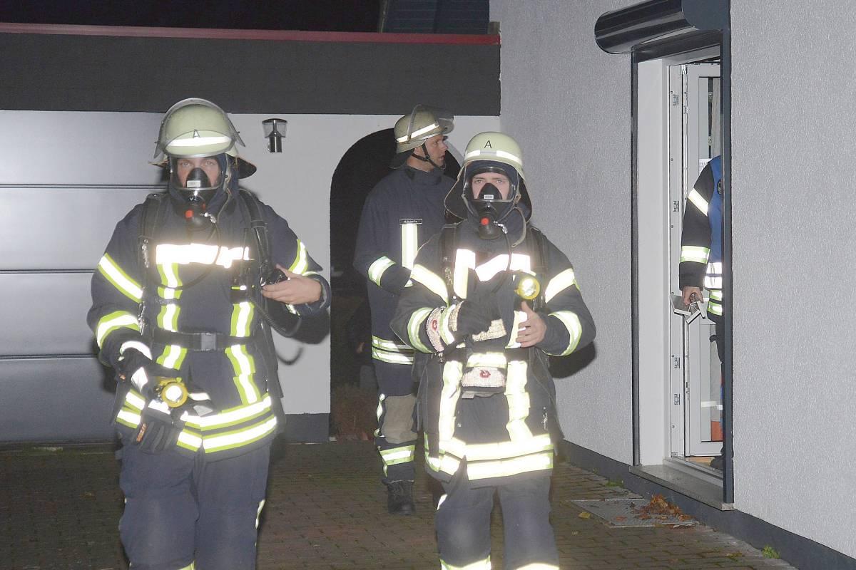 Nachbarn löschen brennende dunstabzugshaube wp balve