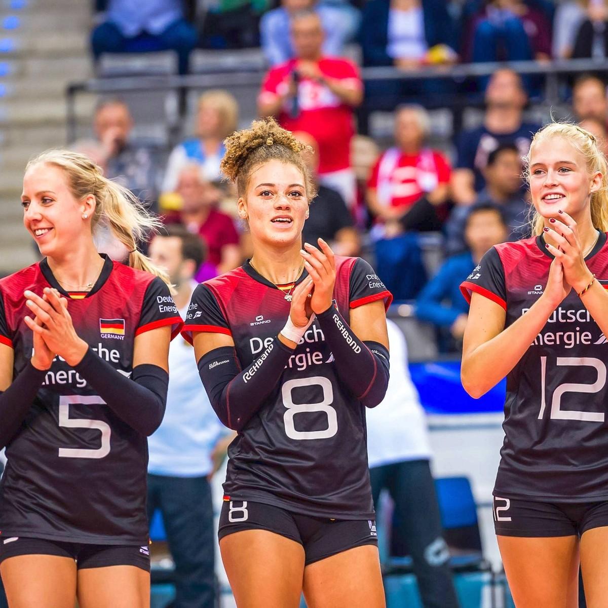 Lippmann nackt louisa Volleyball national