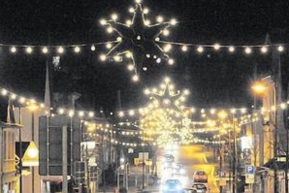 Lidl Weihnachtsbeleuchtung.Aldi Und Lidl Kümmern Lichter Nicht Wp De Balve