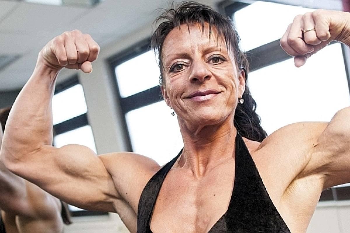 Große dicke Bodybuilder