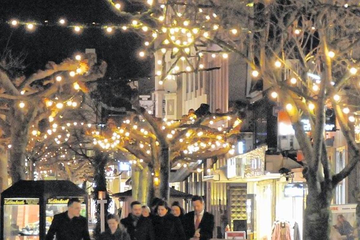 Weihnachtsdeko Straßenbeleuchtung.Neues Konzept Für Beleuchtung Gesucht Wp De Menden