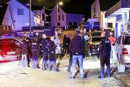 Blutiger Nachbarschaftsstreit Hagen: Hundertschaft vor Ort