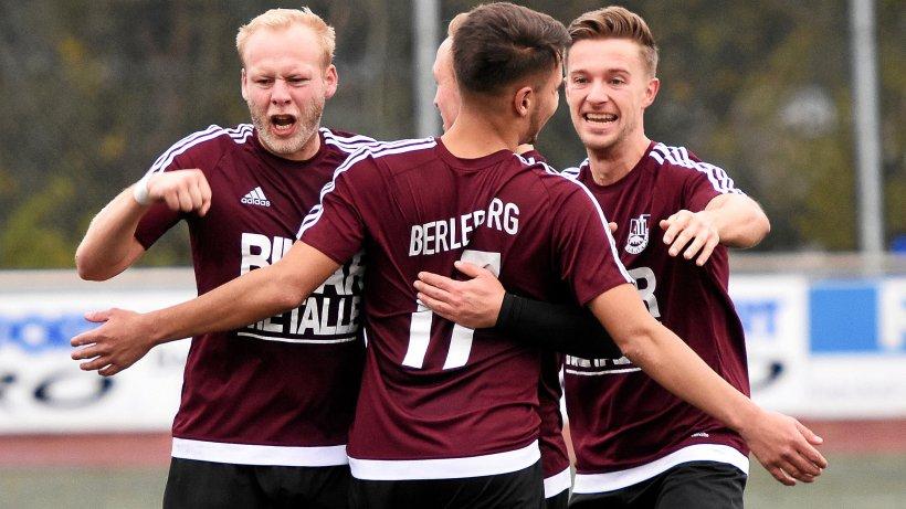 VfL Bad Berleburg boxt sich gegen den SV Hüsten aus dem Tief - Westfalenpost