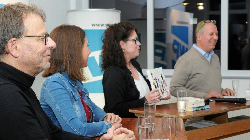 Spannender Auftakt zum Balver Bücher Talk in der SoKoLaDe - Westfalenpost