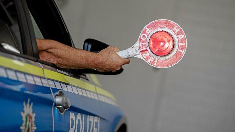 Netphen: Mit selbstgeklebten Kennzeichen im gestohlenen Auto - Westfalenpost