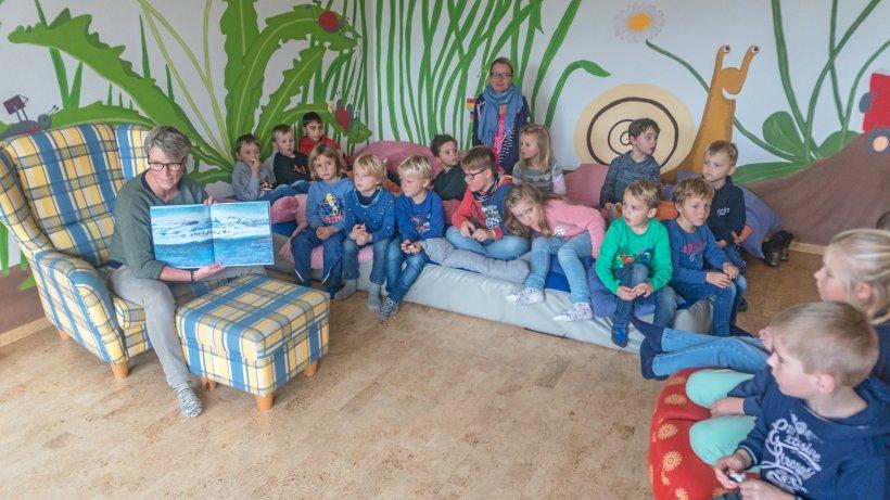 Vorlesetag in Balve: Skater, Fußball und ein Pinguinlied - Westfalenpost