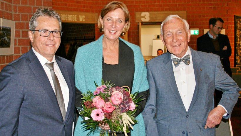 Bildungsministerin spricht Klartext in der Akademie Biggesee - WP News