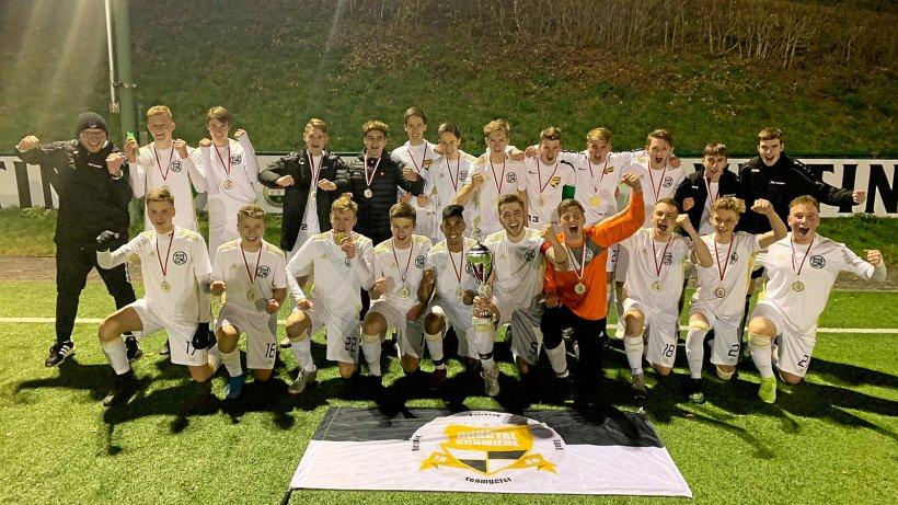 Fußball-A-Jugend des TuS Sundern ist Kreispokalsieger - Westfalenpost