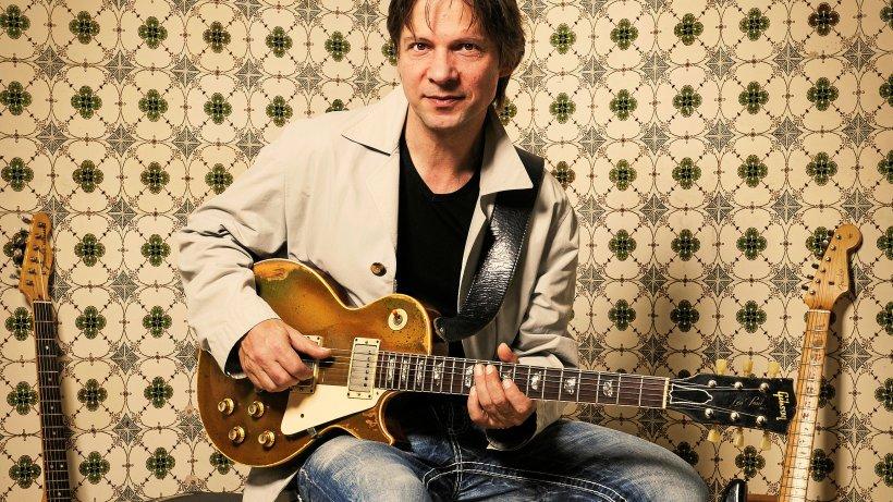 Gregor Hilden sorgt für Gipfel der Gitarristen in der Fabrik