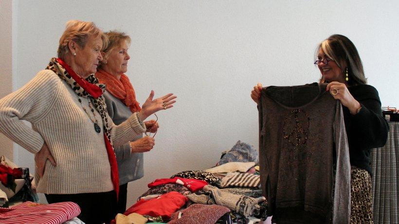 Hausfrauen misten Kleiderschränke für Mendener aus - WP News