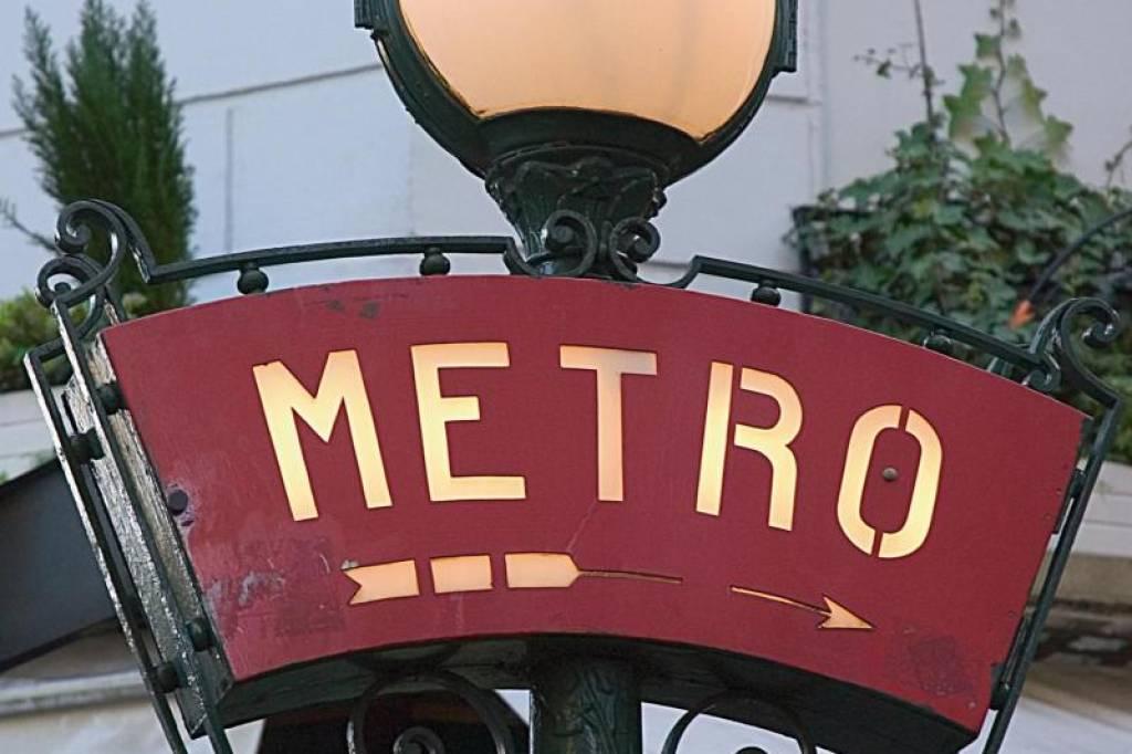 Kritik an pariser verkehrsbetrieben nach metro panne wp reise