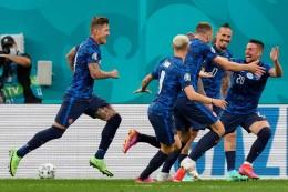 1:2! Enttäuschende Polen verlieren EM-Auftakt gegen Slowakei