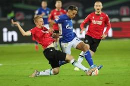 Live! Schalke dominiert in Hannover - Aydin verletzt raus
